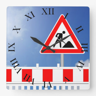 Building site, building site closing and building square wall clock
