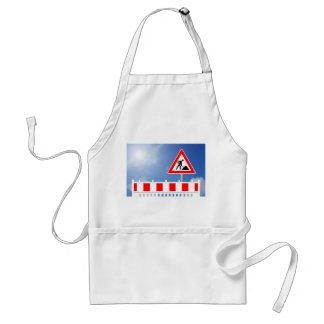 Building site, building site closing and building standard apron