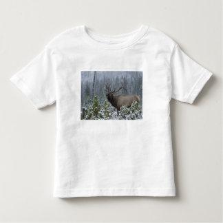 Bull Elk in snow calling, bugling, Yellowstone T-shirts