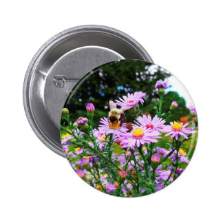Bumble Bee in Flower 6 Cm Round Badge
