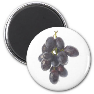 Bunch of red grapes 6 cm round magnet