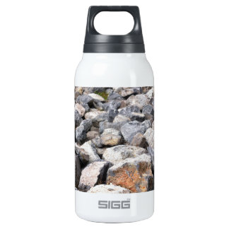 Bush setting of man made rock formation pattern 0.3L insulated SIGG thermos water bottle