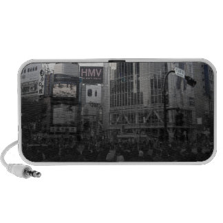 Busy intersection in Tokyo Notebook Speaker