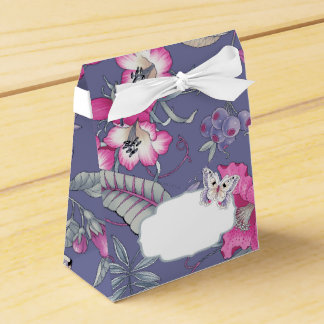 Butterfly and Flowers Design Favor / Gift Boxes Wedding Favour Box