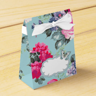 Butterfly and Roses Design Favor / Gift Boxes Party Favor Boxes