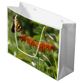 Butterfly Close-up large, glossy gift bag