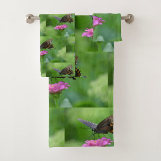 Butterfly On Zinnia Pattern Bath Towel Set