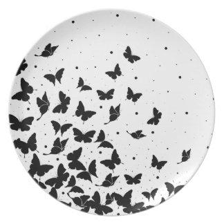 Butterfly pattern plate