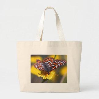 Buttferfly on flower jumbo tote bag