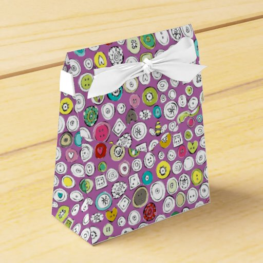 buttons and bees party favor box