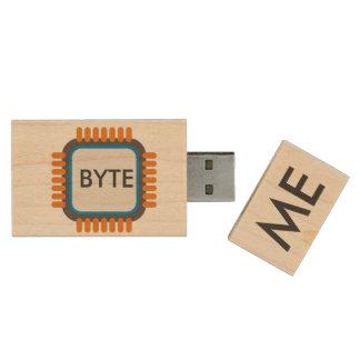 BYTE ME WOOD USB 2.0 FLASH DRIVE