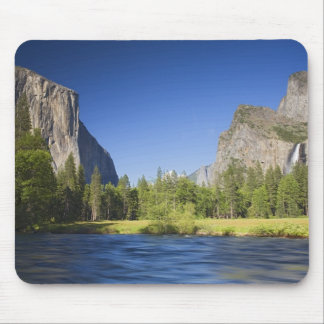 CA, Yosemite NP, Valley view with El Capitan, Mouse Pad