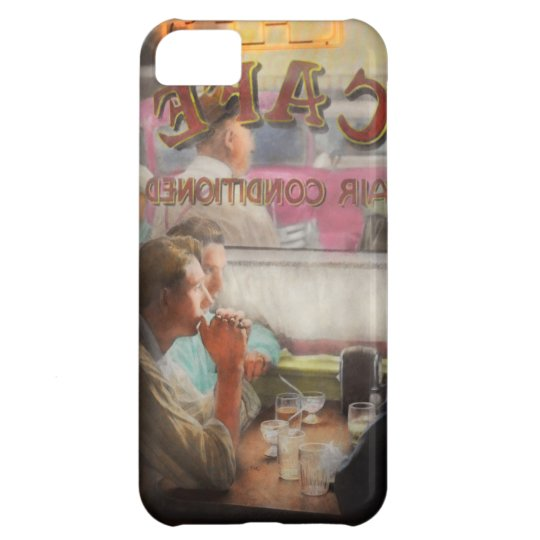 Cafe - Cold drinks with friends 1941 iPhone 5C Case