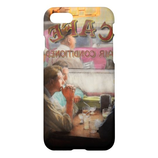 Cafe - Cold drinks with friends 1941 iPhone 8/7 Case
