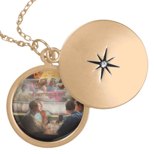 Cafe - Cold drinks with friends 1941 Locket Necklace