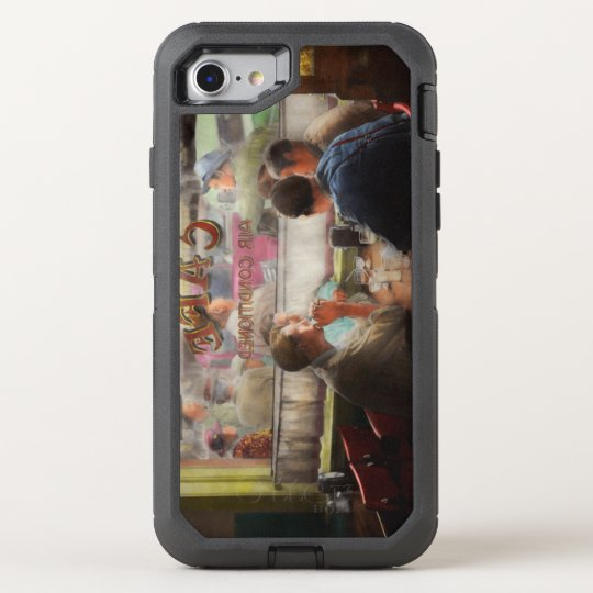 Cafe - Cold drinks with friends 1941 OtterBox Defender iPhone 8/7 Case