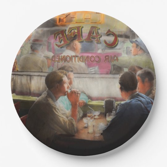 Cafe - Cold drinks with friends 1941 Paper Plate