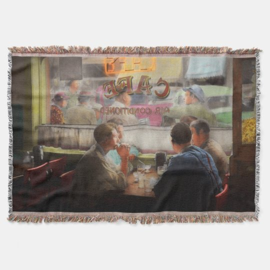 Cafe - Cold drinks with friends 1941 Throw Blanket