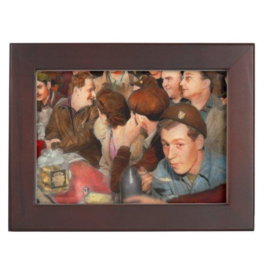 Cafe - Midnight Munchies 1943 Keepsake Box