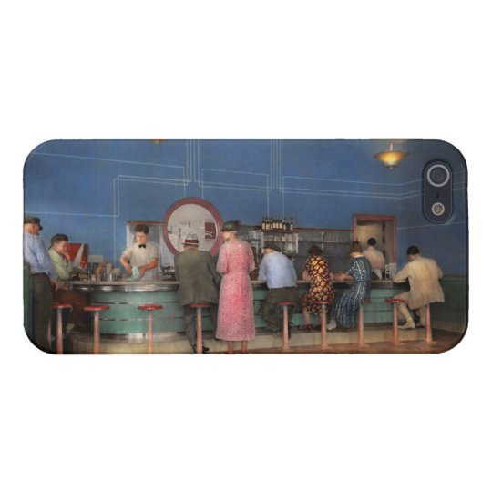 Cafe - The half way point 1938 iPhone 5/5S Case