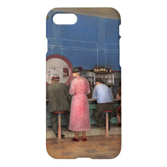 Cafe - The half way point 1938 iPhone 8/7 Case