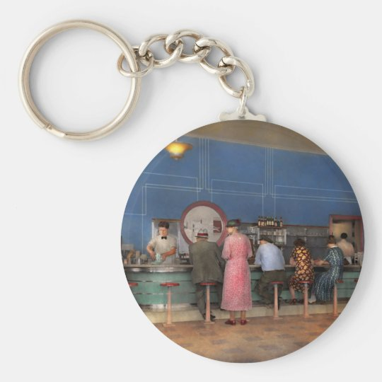 Cafe - The half way point 1938 Key Ring