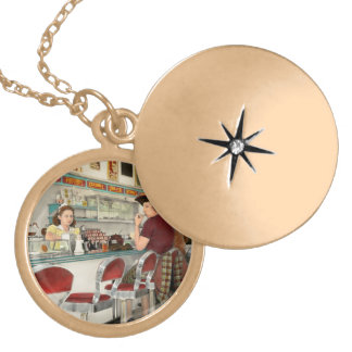 Cafe - The local hangout 1941 Gold Plated Necklace