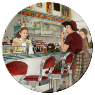 Cafe - The local hangout 1941 Porcelain Plates