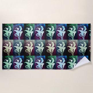 Calla Lilly - Retro Pattern Beach Towel