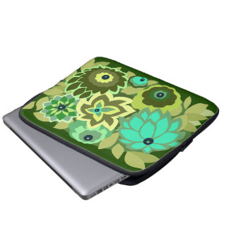CAMBRIA in Shades of Green Laptop Sleeve