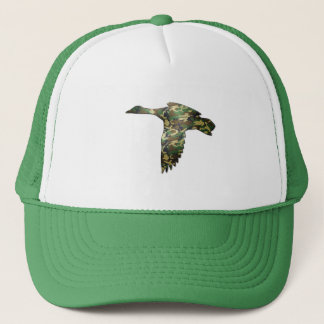 Camo - Mallard Duck in Flight Trucker Hat