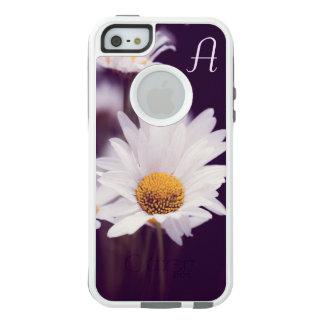 Camomile dreams OtterBox iPhone 5/5s/SE case