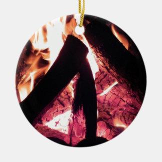 Campfire at night round ceramic decoration