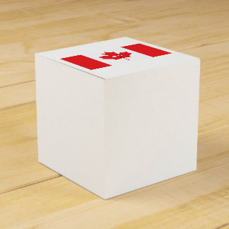 Canadian Maple Leaf Face Favour Box