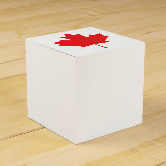 Canadian Maple Leaf Favour Box