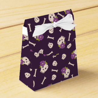 Candy skulls and bones pattern Halloween Favour Boxes