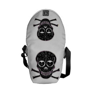 Candy skulls Back & White Messenger Bag
