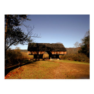 Cantilever Barn at Tipton Place Postcard
