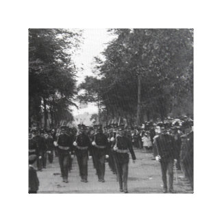 Canvas Print Soldiers Marching