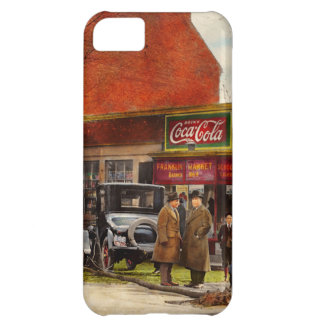 Car - Accident - Looking out for number one 1921 iPhone 5C Case