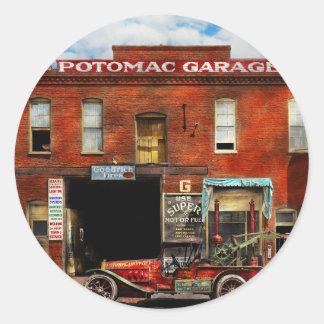 Car - Garage - Misfit Garage 1922 Classic Round Sticker