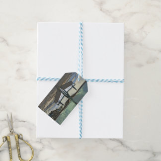 Car hood ornament as a sketch gift tags