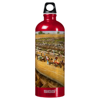 Car Race - Life in the fast lane 1925 Water Bottle