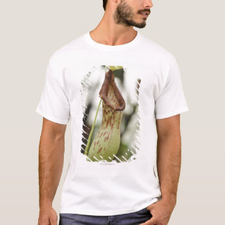 Carnivorous pitcher plant T-Shirt