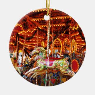 Carousel hose design round ceramic decoration