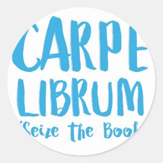 carpe librum (seize the book) classic round sticker