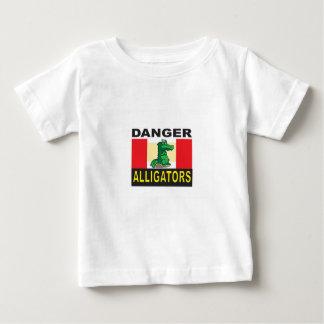 cartoon alligator help baby T-Shirt