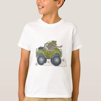 Cartoon illustration of a Elephant driving a jeep. T-Shirt