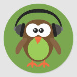 Cartoon Owl With Headphones Round Stickers