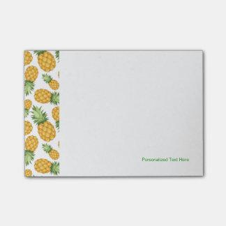 Cartoon Pineapple Pattern Post-it® Notes